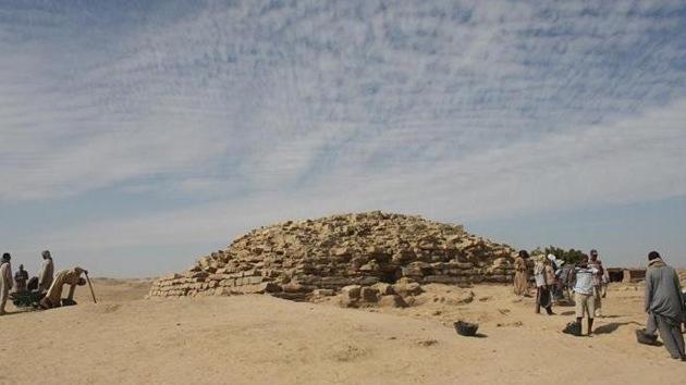 Descubren en Egipto una pirámide más antigua que las siete maravillas del mundo