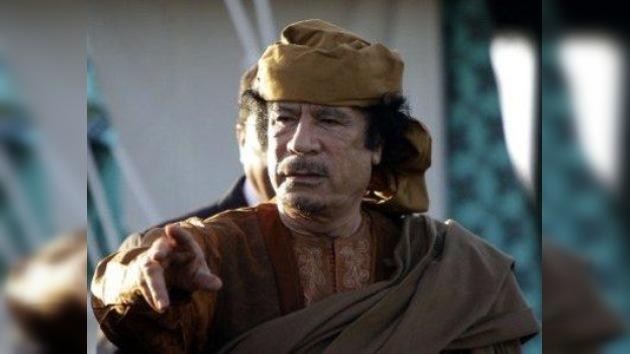 La mujer y una hija de Gaddafi podrían haber huido a Túnez