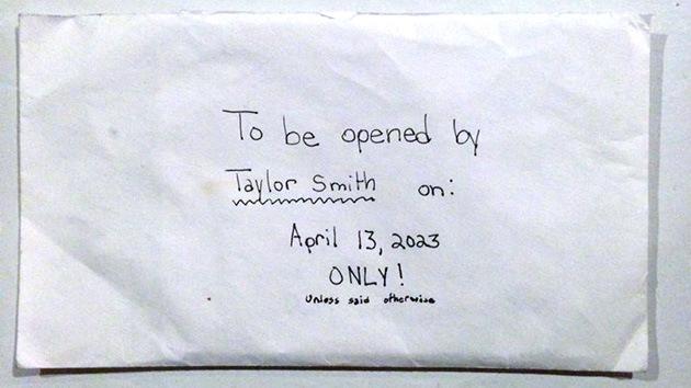 """""""No abrir hasta 2023"""", la carta de una niña fallecida para su futuro 'yo' conmueve la Red"""