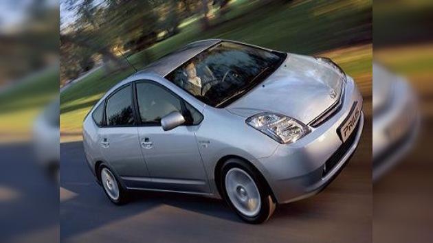 Tras los aceleradores, en Toyota tampoco funcionan los frenos