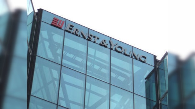 Ernst & Young acusado de causar la crisis financiera