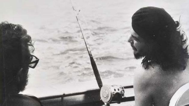 Subastan 55 fotografías del cubano Alberto Korda, autor de la famosa foto del 'Che'