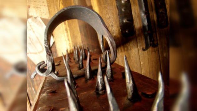 Un suplicio de museo: Moscú expone una colección de objetos de tortura