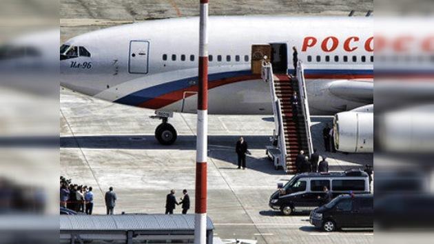 Medvédev inicia viaje a Oriente