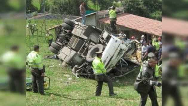Al menos 16 muertos y 42 heridos en un accidente de tráfico en Bogotá