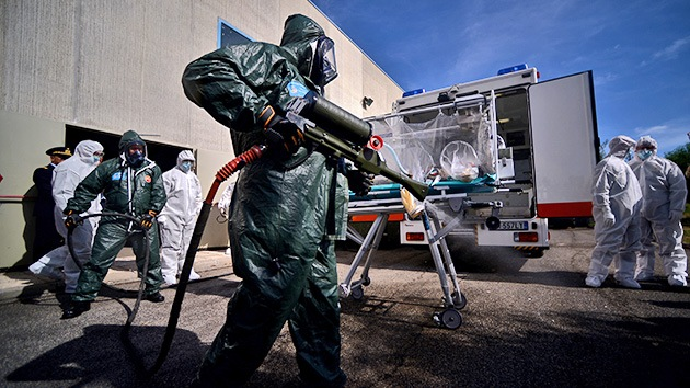 ¿Fue el ébola creado a propósito por los farmacéuticos occidentales y la ONU?