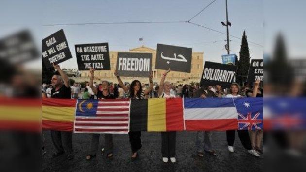 Los activistas pro palestinos se 'encastillan' en la embajada española de Atenas