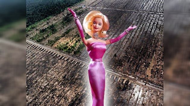 Greenpeace: el productor de la muñeca Barbie destruye bosques tropicales