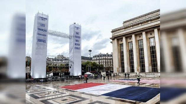 Los franceses levantan su réplica de las Torres Gemelas