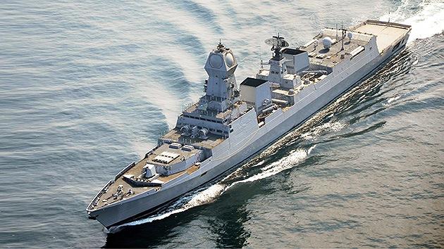 """La India se blinda ante """"el mal de ojo"""" de otras naciones con su mayor buque de guerra"""