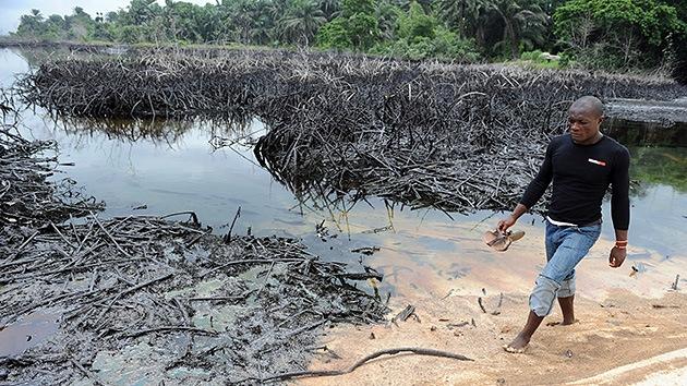 Pescadores nigerianos llevan su ofensiva contra el gigante petrolero Shell a la corte
