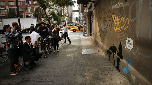 'Arte cancelado por la Policía': Impiden a Banksy crear su obra en Nueva York