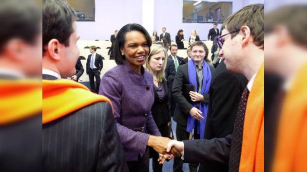 Condoleezza Rice visitó la Escuela de Management de Skólkovo