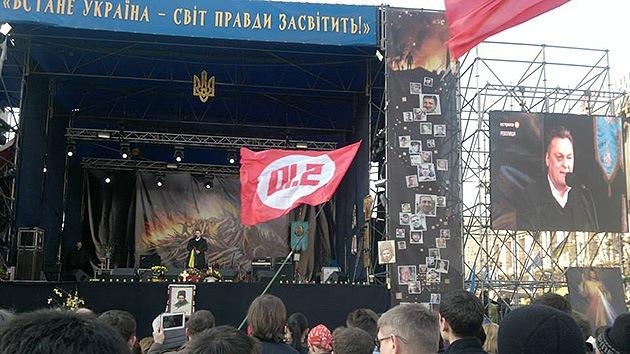"""Video: Nacionalista ucraniano: """"Debemos dispararles a la cabeza"""" a los rusos"""
