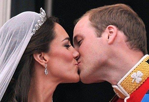 El príncipe Guillermo y Kate Middleton ya son esposos