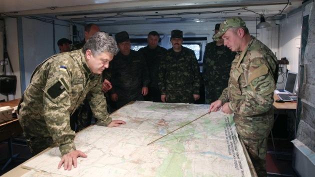 """Poroshenko advierte que tiene listo """"un plan B"""" por si fracasa el plan de paz en Ucrania"""