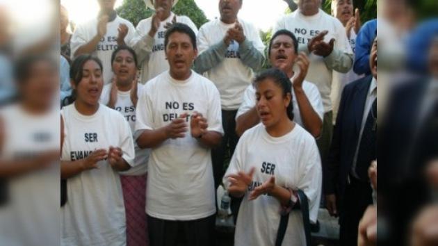 México vive una revolución religiosa entre los católicos y los evangélicos
