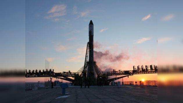 Rusia lanza una nave con provisiones e invernadero para la EEI