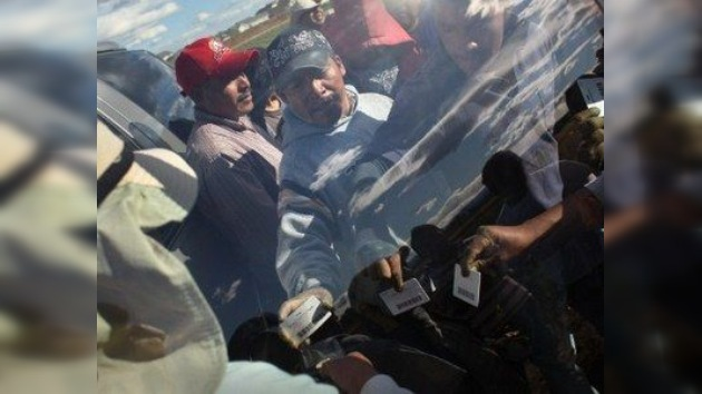 México se ve 'lindo' ante la 'fea' crisis de EE. UU.: miles de mexicanos vuelven a casa