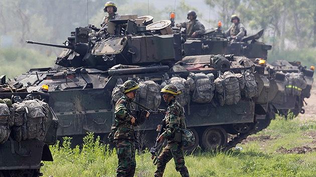 Decenas de vehículos de combate blindados de EE.UU. llegan al norte de Corea del Sur