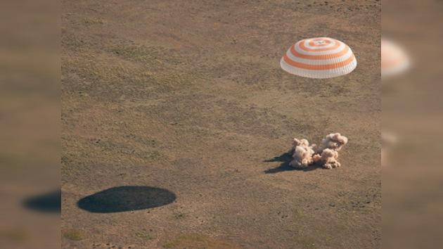 La nave espacial Soyuz aterriza con éxito en Kazajistán