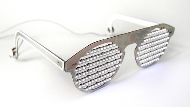 Óculos levaram aquele brilho com vídeos, ortografia e até mesmo Tweets
