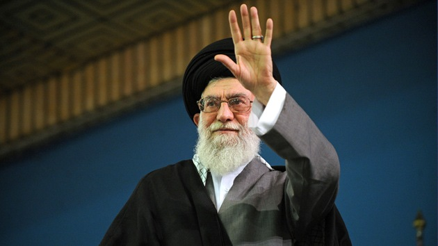 """Jamenei: """"Washington es el centro de complots contra Irán"""""""