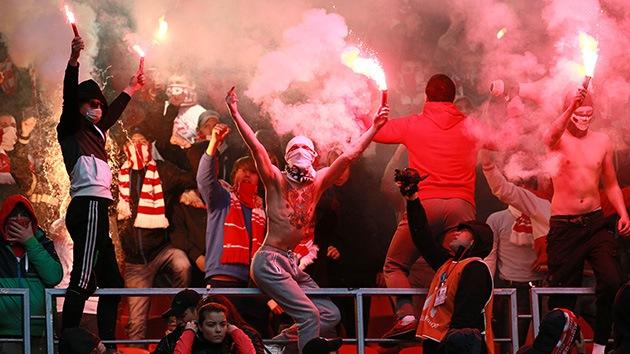 Rusia: Cuantiosas multas y 7 años fuera de los estadios por delincuencia en las gradas
