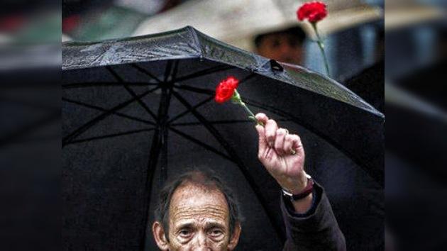"""Fiesta sin héroes en Portugal: """"Se ponen en cuestión las propias libertades democráticas"""""""