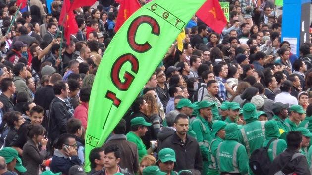Bogotá se moviliza en apoyo de su destituido alcalde