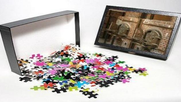 Amazon pone a la venta un puzzle de los crematorios nazis de Dachau