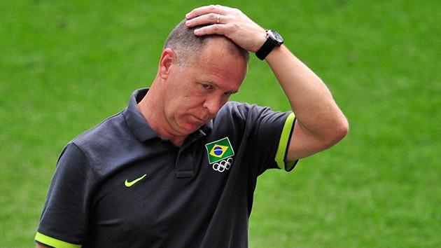 Destituyen a Mano Menezes, entrenador de la selección brasileña