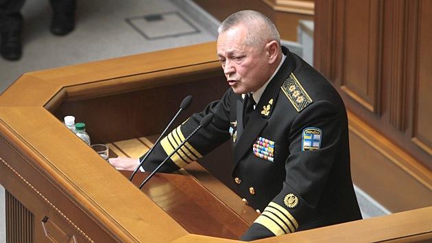 El Parlamento de Ucrania acepta la dimisión del ministro interino de Defensa