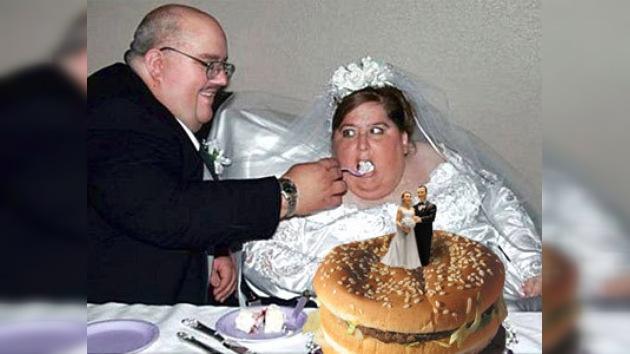 Banquete de boda con papas fritas y hamburguesas: una opción de McDonalds
