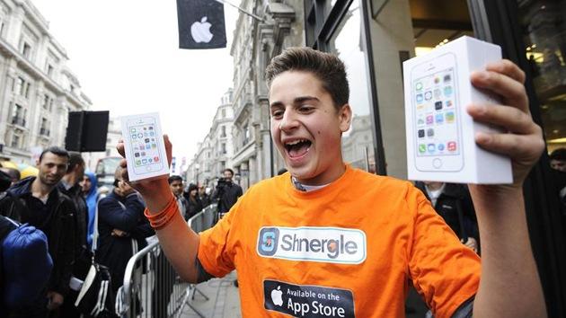 ¿A qué está dispuesta la gente para conseguir el nuevo iPhone?