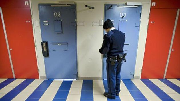 Países Bajos pretende cobrar unos 21 dólares diarios a los reclusos por estar entre rejas
