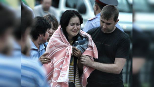 """Sobrevivientes del naufragio en Rusia: """"¡Fuimos enterrados vivos!"""""""