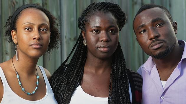 Impiden entrar en una discoteca australiana a unos jóvenes por ser negros