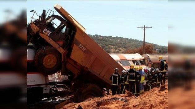 Dos muertos en una colisión entre un tren y un camión en España