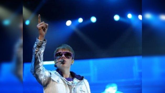 Justin Bieber remueve cielo y redes para encontrar a una fan mexicana