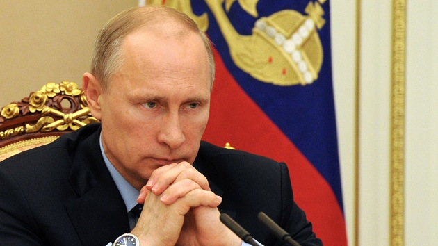 """Putin: """"La alternativa rusa a Visa y MasterCard se basará en modelos de China y Japón"""""""