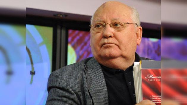 Gorbachov se plantea volver a la política refundando su partido