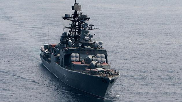 Buques de guerra rusos maniobran en el mar de Ojotsk y el mar de Japón