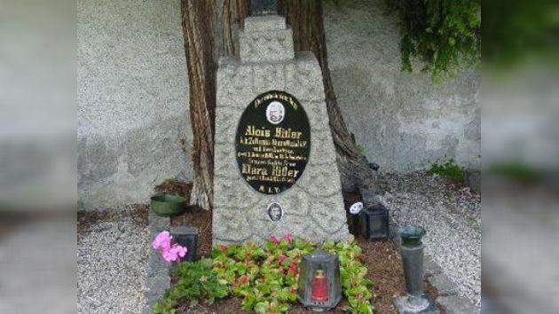 Los padres de Hitler se quedan sin lápida