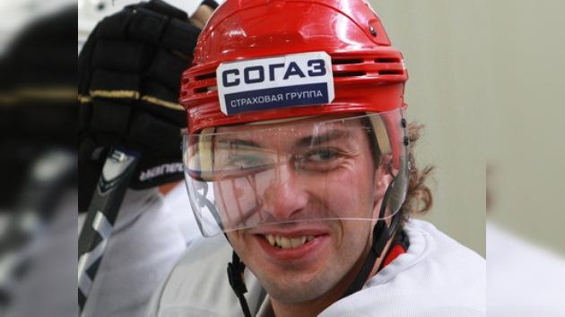 Jugador ruso se roba el show sorprendiendo como cantante en el Partido de las Estrellas