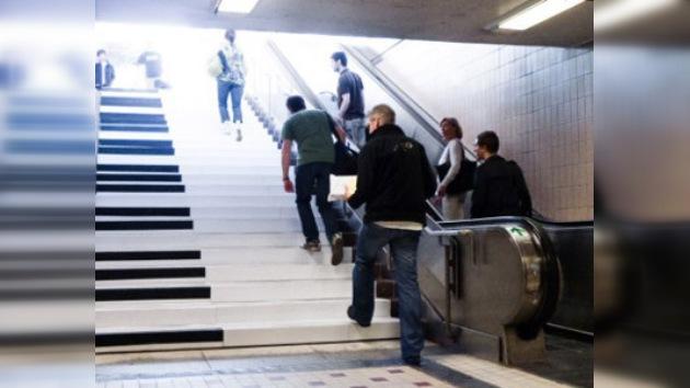 Una escalera del metro que 'canta'