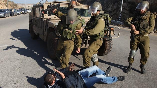 Soldados israelíes golpearon con fusiles a reporteros de la agencia Reuters