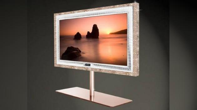 Un televisor incrustado de brillantes