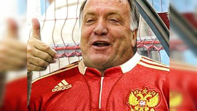 Dick Advocaat anunció públicamente que será entrenador de Rusia