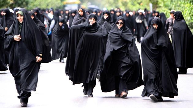 Irán prohíbe a las mujeres aspirar a la presidencia